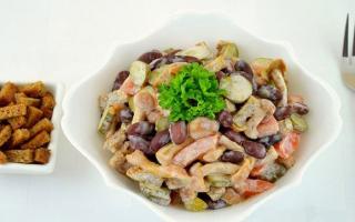 Салат с кириешками и фасолью: как приготовить, советыСалат с кириешками и фасолью: как приготовить, советы: как приготовить, советы