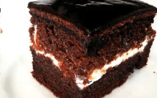 Бисквитный торт: 10 очень вкусных и простых рецептов