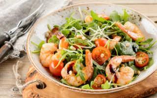 Очень вкусный салат с креветками и помидорами: простые рецепты домашнего салата